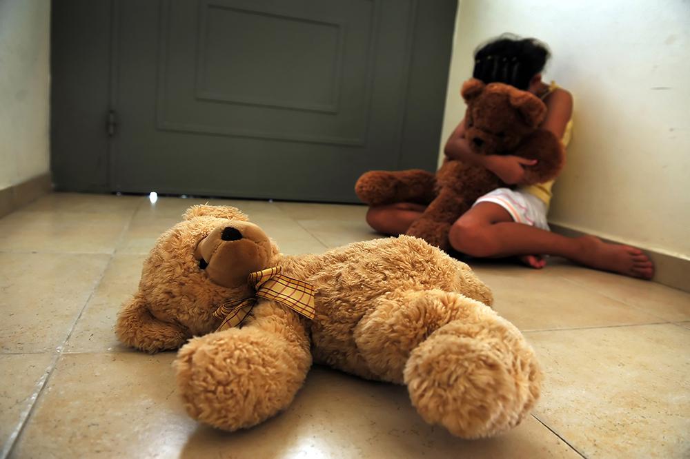 Immer, automatisch und ungefragt Opfer: Kinder und häusliche Gewalt