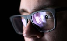 Insbesondere Facebook ist ideal für Cyber-Stalker und -Bullies