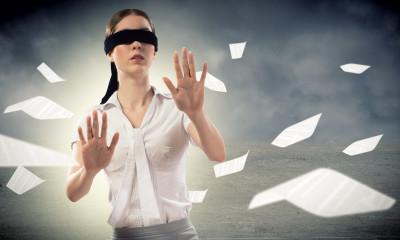 Wie helfe ich wenn jemand blind durch psychische Gewalt ist?